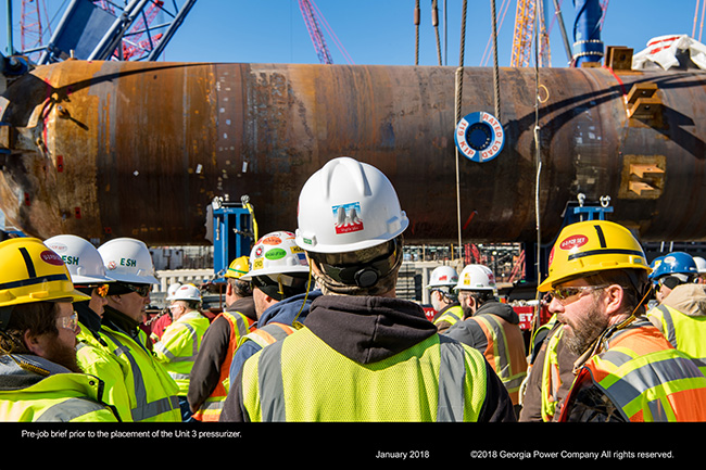 Pre-job brief prior to the placement of the Unit 3 pressurizer