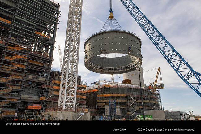 Unit 4 places second ring on containment vessel