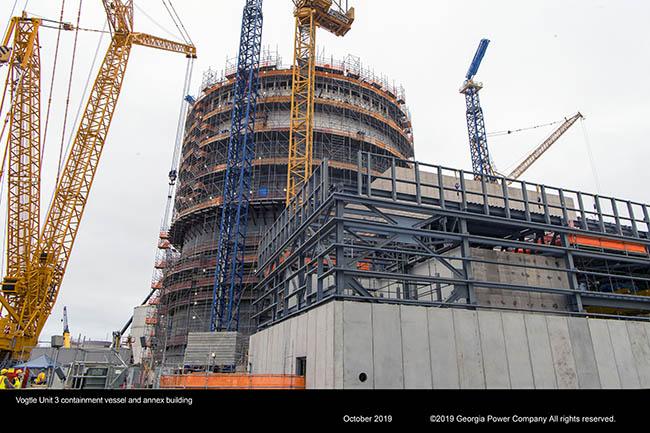 Vogtle Unit 3 containment vessel and annex building